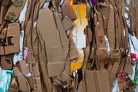 comment recycler le papier et le carton. Black Bedroom Furniture Sets. Home Design Ideas